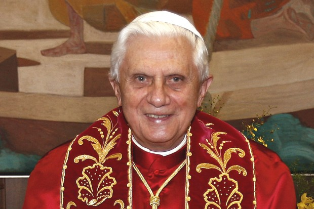 Benedikt XVI. hovoří vknižním rozhovoru osvé rezignaci io papeži Františkovi
